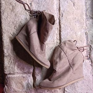 Mia Fashion Wedges Boots/ Faux Suede Leather